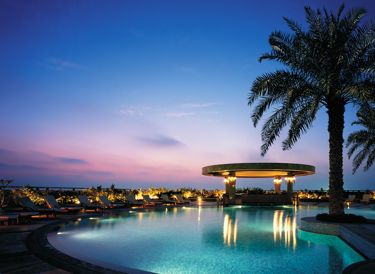 How shangri la uses candid to manage 100 global guest for Top 100 hotels in dubai